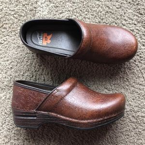 Dansko XP Tooled Leather Shoes
